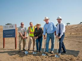 At the ceremony (from left to right): Petaluma Councilmember Dave King, Coldwell Solar's EVP of Construction Kevin Webb, Property Owner Josephine Lavio, Supervisor David Rabbit, and Sonoma Clean Power's CEO Geof Syphers. (Photo: Coldwell Solar / SCP)