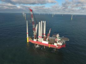 With the installation of the last of a total of 72 turbines at Sandbank Offshore Wind Farm the construction phase has been completed three months ahead of the originally planned time schedule. (Photo: Vattenfall)